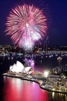 Amazing firework around #Sydney city, #Australia.