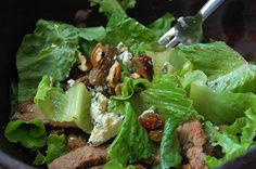 Got leftover steak? Add it to a salad for added protein. Here's a delicious recipe portioned for one that can be made in 5 minutes!  www.laurasleanbeef.com