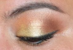 Shimmery gold neutral shadow.