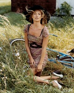 editori, november, daily fashion, bicycl, katemoss, beauty, vogue magazine, bruce weber, kate moss