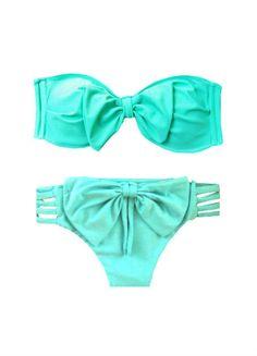 Love this bow bikini
