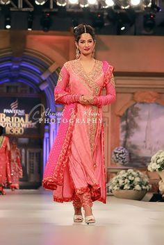 Exquisite #Desi Wedding Wear (2012-13) by http://NomiAnsari.com.pk/ Pakistan+Dubai+Chicago+S'pore Globe https://www.facebook.com/NomiAnsariStudio