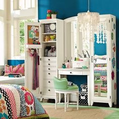 Cute teen girl bedroom. I like that color on the wall. Also every girls bedroom should have a chandelier :) #mysuitesetupsweepstakes