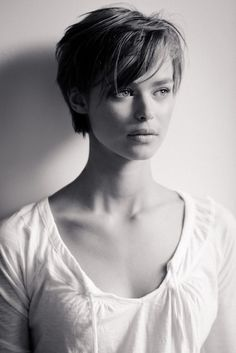 a good growing-out-a-pixie cut