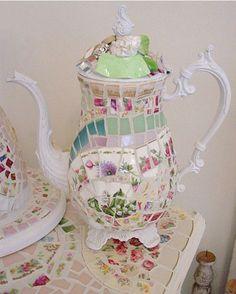 tea parti, tea time, jeweled teapots, potscoffe pot, mosaic teapot