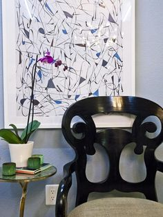Abstract Art (from #hgtvstar Tiffany and Brooks) What are your tips for choosing and displaying art. If you love this, repin it!