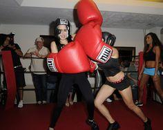 Octomom beats Cassandra Anderson in boxing match!