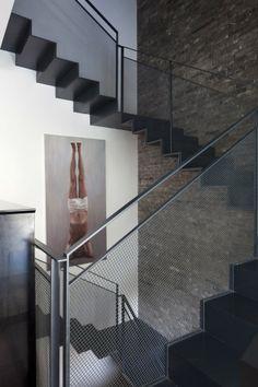 V House    / Paz Gersh Architects
