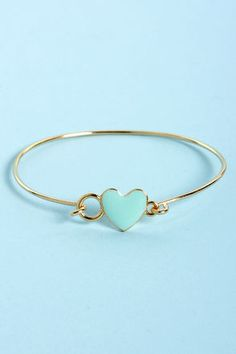 Too Heart to Handle Mint and Gold Heart Bracelet mints, fashion, cloth, style, bracelets, accessori, heart bracelet, gold bracelet, gold heart