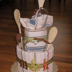 wedding shower gifts, towel cakes, tea towels, gift ideas, wedding showers