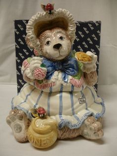 BEAR CERAMIC COOKIE JAR