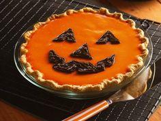 Halloween pie #budgettravel #halloween