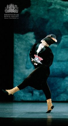 Birmingham Royal Ballet - 'Still Life' at the Penguin Café: Great Auk; photo: Bill Cooper