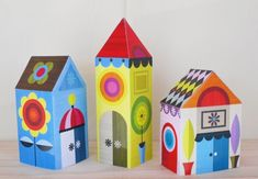 DIY FREE PRINTABLE - Happy little paper houses