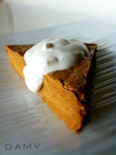 Skinny Pumpkin Pie Cheesecake Recipe-I think I'm obsessed with this girl's recipes!