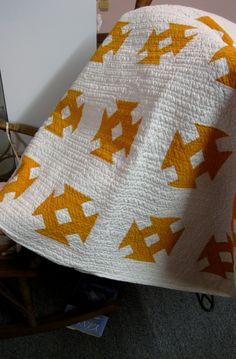 "A perfect ""two color"" quilt in Mustard & White"