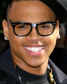Chris Brown Hipster - Raybans
