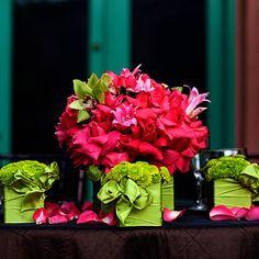 Me gusta esta idea de centros de mesa, está muy colorida.