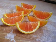 """The """"right"""" way to cut an orange. I must master this for all those soccer snack days!"""