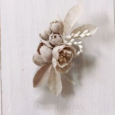 Handmade natural linen flowers bridal hairpiece. Bianca Snow.