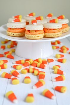 Candy corn macaroons