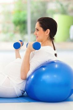 Tame your pregnancy hormones with these 10 tips!