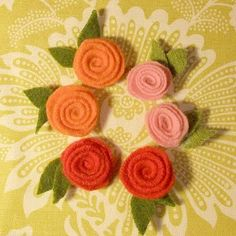 Felt Rosettes (Tutorial - just add magnet)