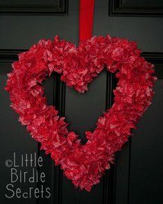 Little Birdie Secrets: easy valentine's wreath