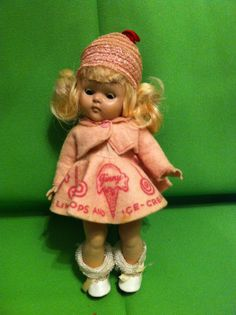 """1952 Strung Vogue Ginny Doll 7..5"""" Tall In Original Marked Clothes"""