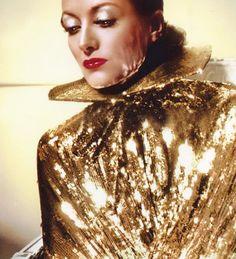 Joan Crawford 1930s [http://vintagegal.tumblr.com/post/6394919081/joan-crawford-1930s]