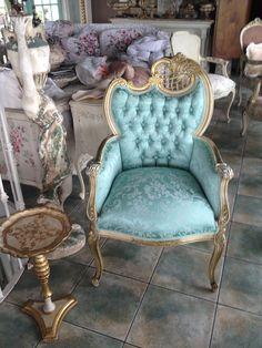 heart chair, chair obsess, aqua chair