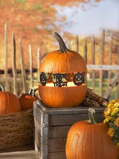 """Create """"Spook-tacular"""" silhouettes with Jack-o-lantern/Trick or Treat Pumpkin Pegs™. They are reusable and fun! #halloween"""