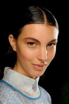 fashion weeks, makeup, brows, fashion beauty, dian kendal