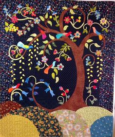 Kerry Stitch Designs: Alisa's Enchantment quilt.   Design by Sue Cody.