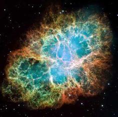 photo taken by the Hubble : crab nebula