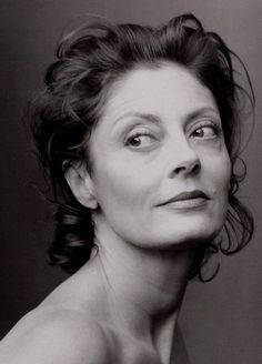 Cant afford those expensive designer bags? Check here!  Sultry Susan Sarandon