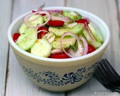 This classic cucumber salad is so good as a lunchtime companion!  #lunch #salad #cucumber #tomato