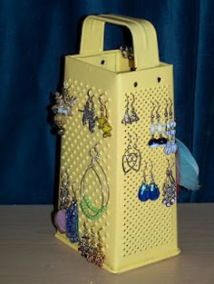 Turn an old cheese grater into an earring holder. DIY how-to