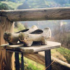 Madreñas #Asturias  serruchero