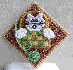 cat, free pattern, plastic canvas crafts, canva craft, basket pin