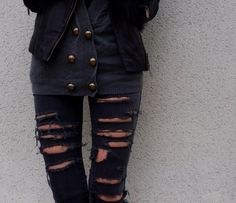 i dont really like ripped jeans but these are cute