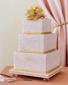 Pink & gold wedding cake.