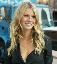 Gwyneth Paltrow wavy hair