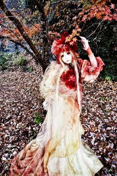 This is Minori, a shironuri (Japanese white-faced fashion culture) designer. Her inspiration is faeries, the same as mine. I wish  everyone could go out in full costume for everyday wear. Can you imagine how cool the streets would look?