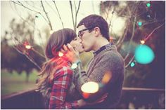 In love with this photo!! This is a must do for our holiday photos!! Loving the out of focus lights!