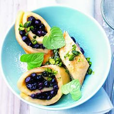 Sweet Wild Blueberry Omelet Rolls by culinarynet #Omelet #Blueberry