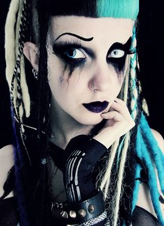 #Cyber Goth girl with two-toned blunt bangs #Aqua and #Black #haircolor