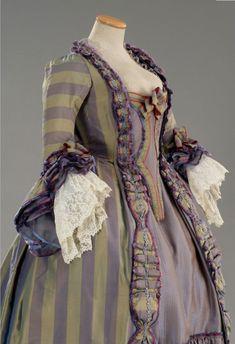 A beautiful lavender and sage hued 18th century evening dress. #Georgian #fashion #1700s