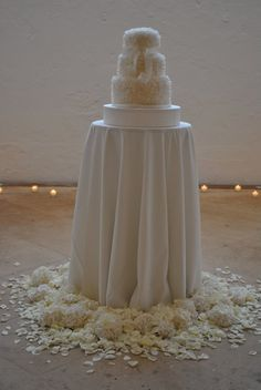 White and Gold Wedding. Love the cake table