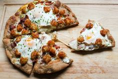 Tater Tot Breakfast Pizza   31 Game-Changing Ways To Eat Breakfast For Dinner